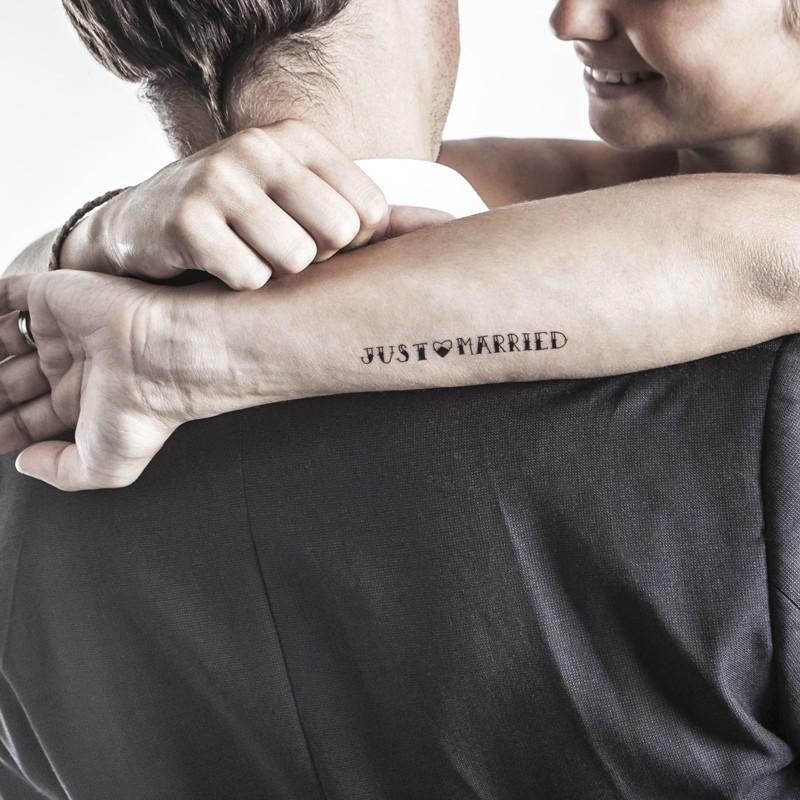 Le mariage gai tatouage temporaire just married